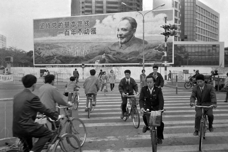 1987,深圳街头_副本.jpg