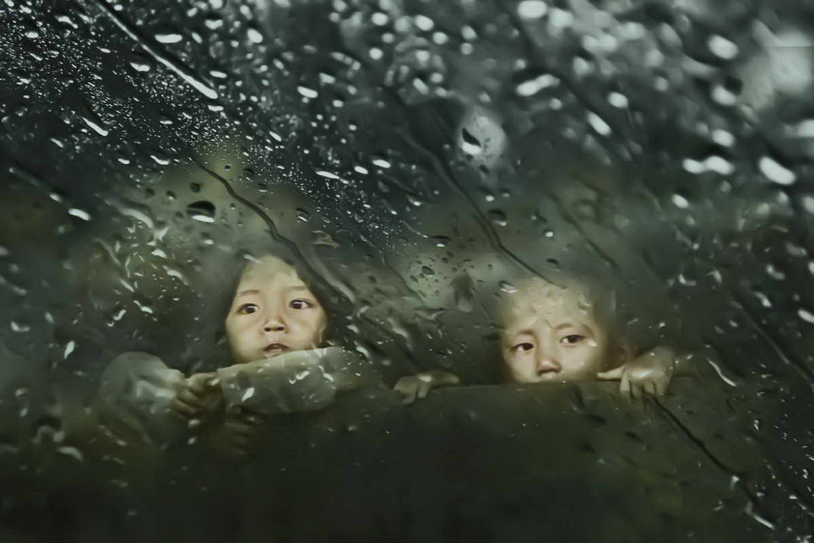 安徽电信 蒋力三《雨季》1530551000.jpg