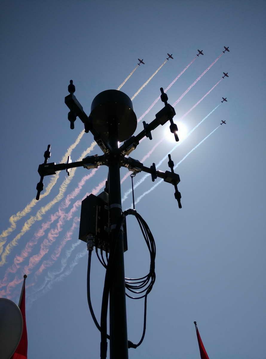 国家无线电监测中心 宋柯平 《霓虹下的电波卫士》.jpg
