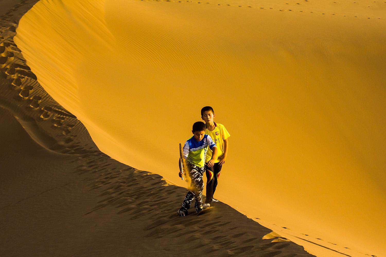 《沙漠》叶锦贵140047.jpg