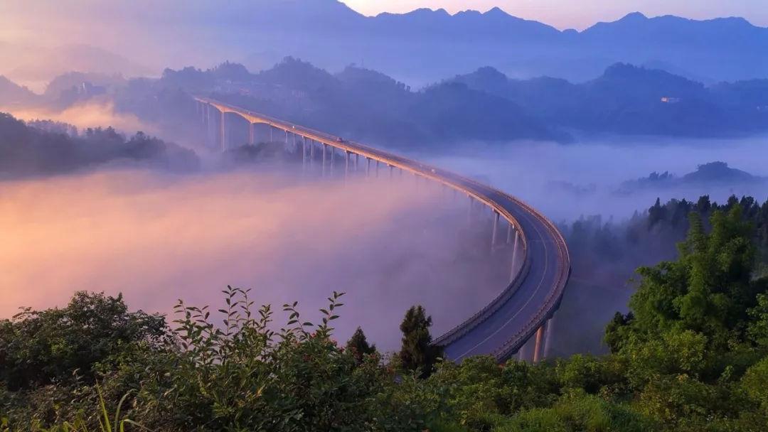 【替换】《梦幻周家山大桥》 刘琳 183364.jpg