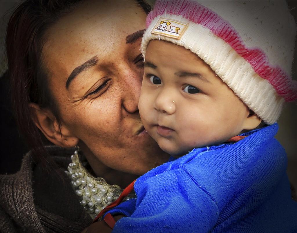 《妈妈的吻》傲谷171142.jpg