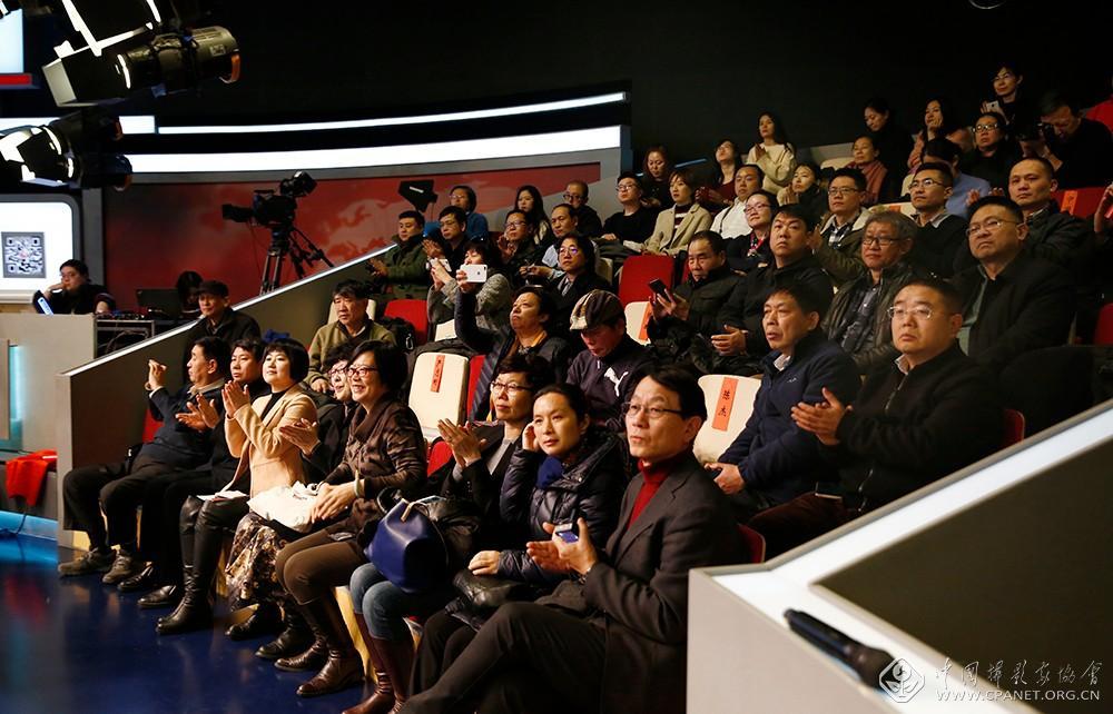 人民日报携手中国摄协3.jpg