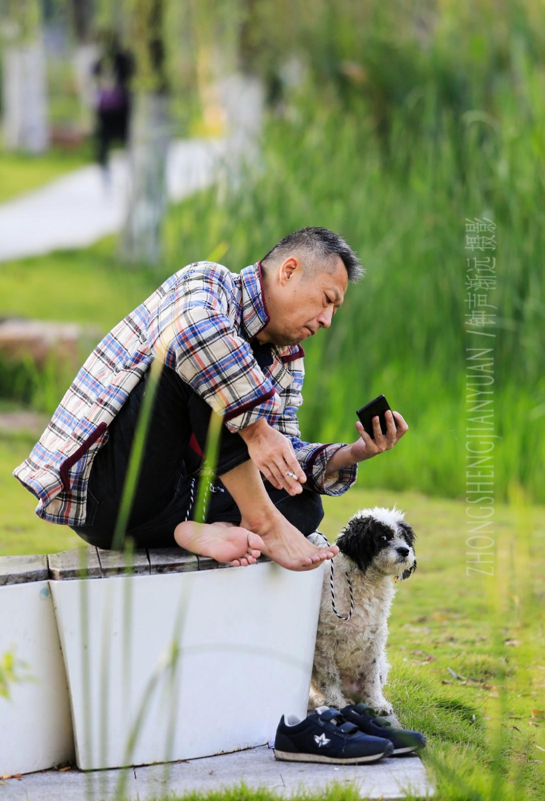 会员群 武汉-汤远忠 《专心致志》 Canon.jpg