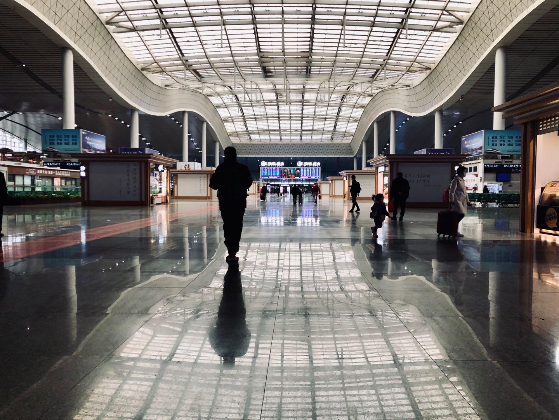 长沙:高铁站.jpg