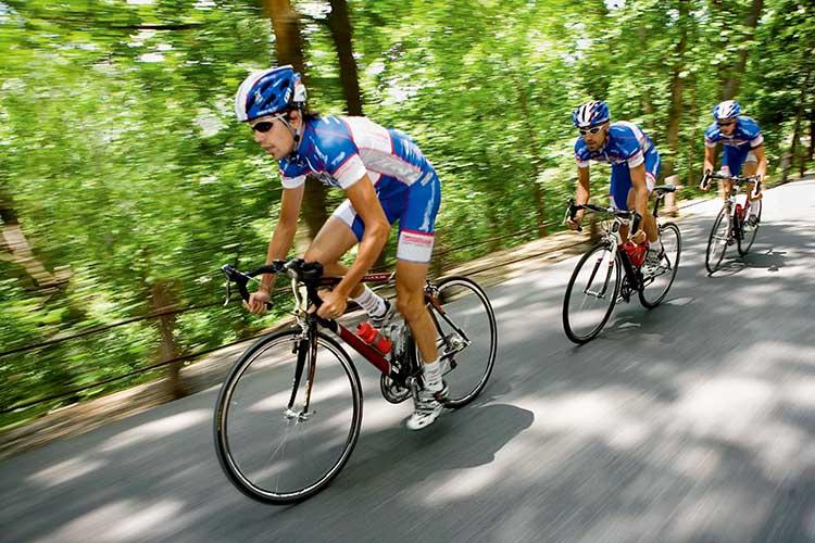 骑自行车环游半岛 F5,1/2000秒,ISO200