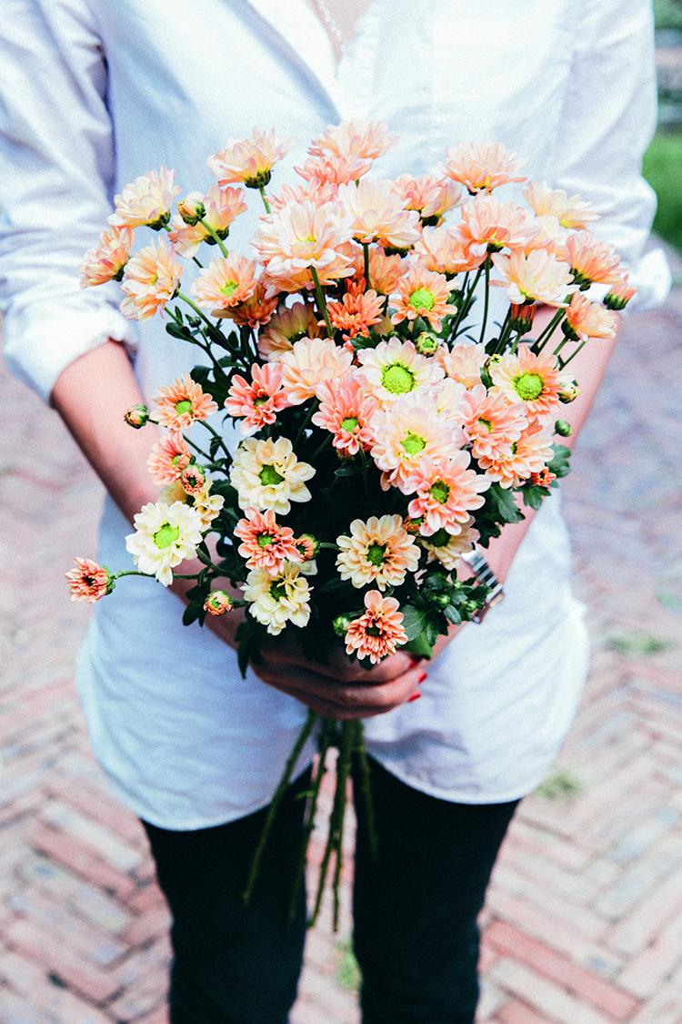 北京的冬天寒冷干燥,让人觉得荒芜,Florette几束花的出现,就能够带你进入春天  F7.1,1/100秒,ISO200